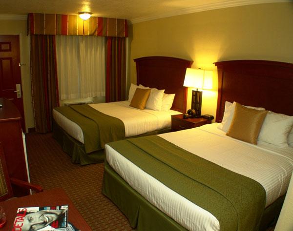 Double Queen at Quality Inn & Suites Santa Cruz Mountains, Ben Lomond